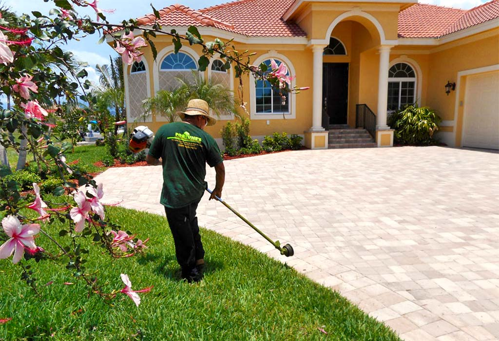 Dependable Weekly Landscape Service On Marco Island, FL | Fortune's Lawn, Land & Tree Service
